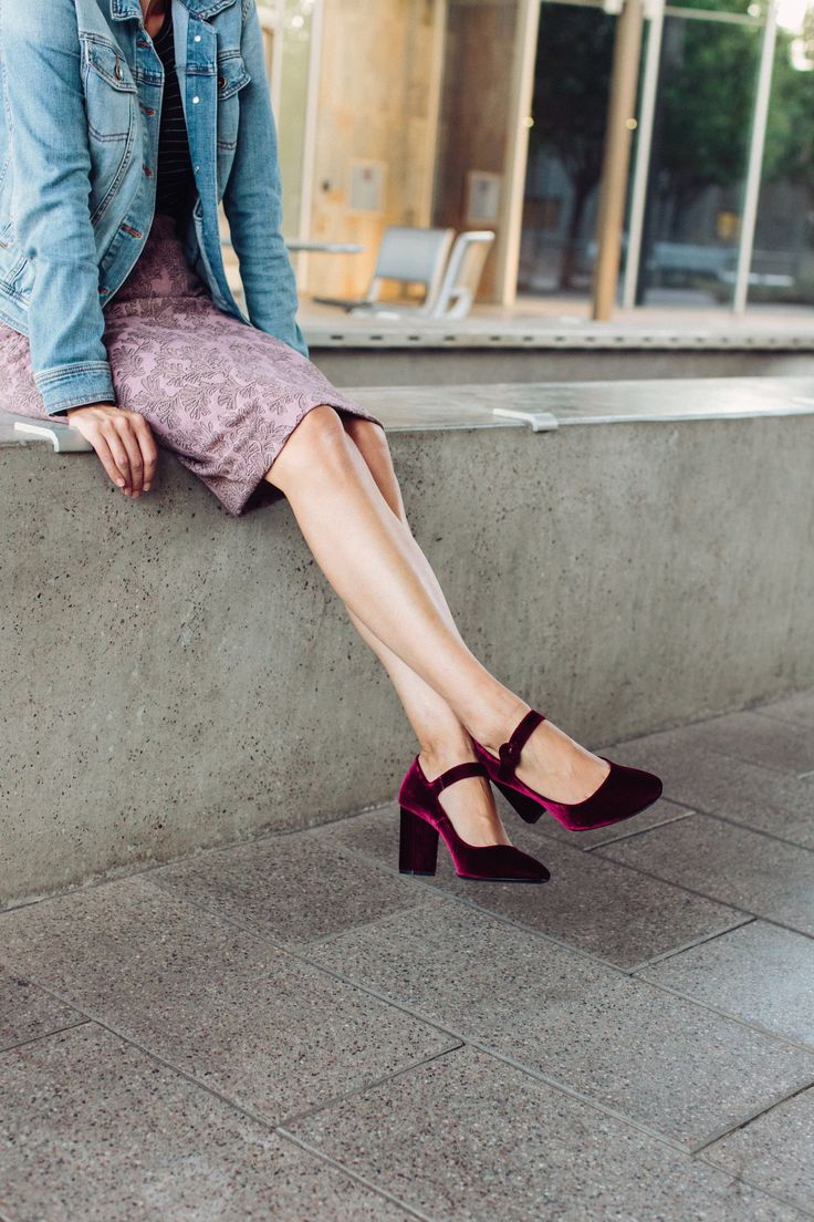 red velvet shoes, a lilac skirt and a denim jacket for fall