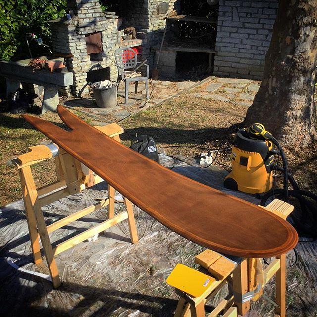 Rover 200 #thisisnotasnowboard #plpcustompowderboards #peaceloveandpowder #custom #woody #powderboards #madeinitaly #handcrafted #handmade