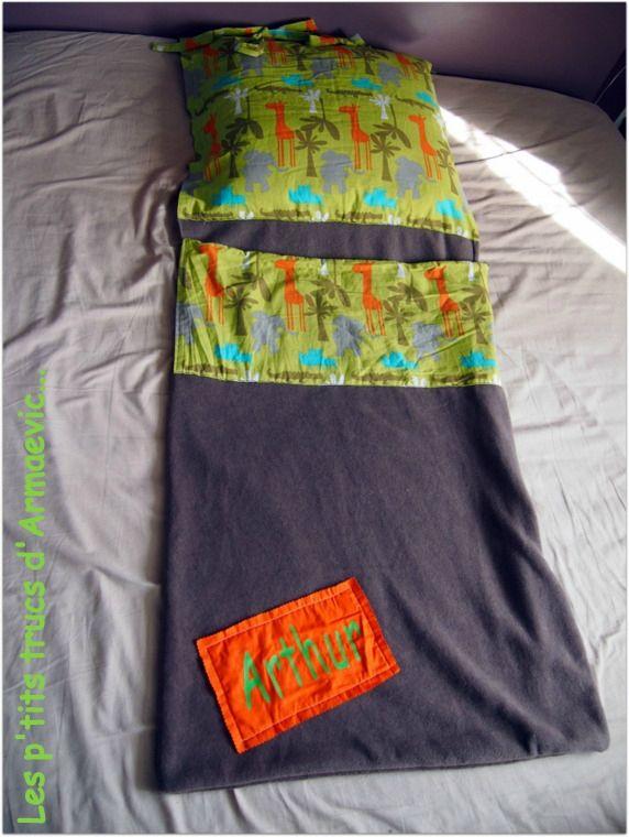 sac de couchage pour la maternelle avec un peu de polaire et du coton !