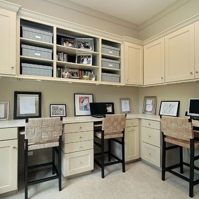 https://i.pinimg.com/736x/e1/be/00/e1be008d109d1fad1f600ac5fae1975e--traditional-home-offices-traditional-homes.jpg