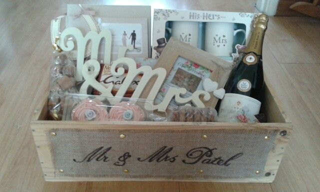 Wedding Gift Baskets Uk : ... Gift Ideas on Pinterest Wedding hamper, Luxury wedding and Hampers
