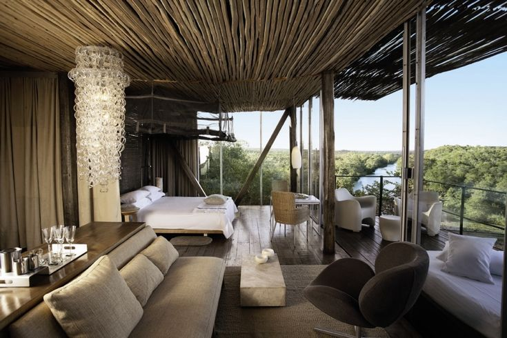 Zona de barra y sala de estar     Singita, Luxury African Game Reserve