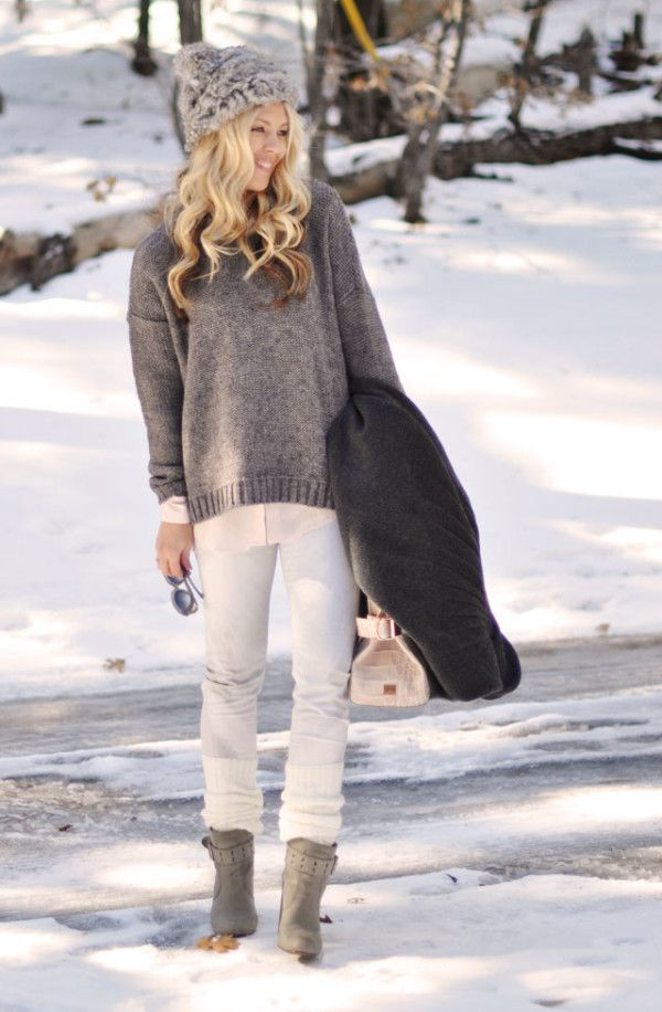 Winter Outfits With Flat Boots http://impfashion.com/winter-outfits-with-flat-boots/