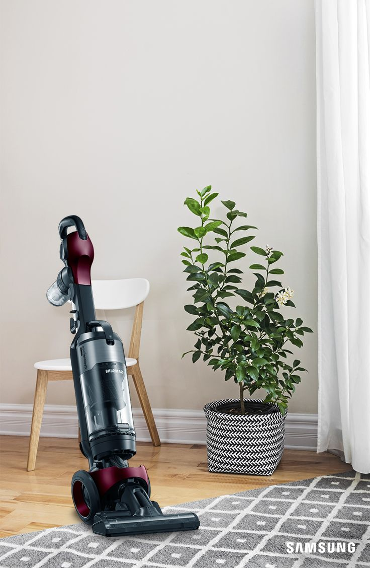 The easily maneuverable Samsung Motion Sync Bagless Upright Vacuum allows you to effortlessly clean your house in no time. Its unique combination of style, innovative design, and powerful suction technology delivers a superior, more efficient cleaning performance.