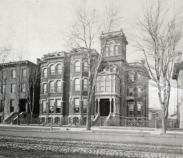 H. R. Newberry 481 Jefferson Ave, Detroit