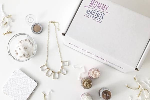 MommyMailbox | Monthly Gift Boxes for Moms | Cratejoy