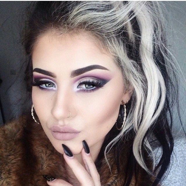 """""""Our Glasgow based @jamiegenevieve looks the picture of perfection wearing Skin Base Foundation, Bronzing Duo and Lipstick in Bare. See full details on her…"""""""