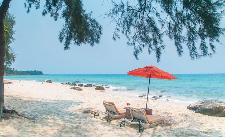Head to the islands on the far east of the Gulf of Thailand where you will still find sun-drenched beaches that remain sunny well into August. The country's fourth largest island Koh Kood, is far quieter and less developed than its better-known neighbor, Koh Chang.