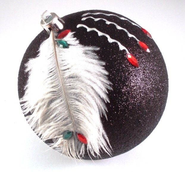 1000 bilder zu weihnachtskugeln auf pinterest b ume perlen und produkte. Black Bedroom Furniture Sets. Home Design Ideas