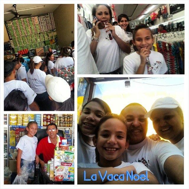Fundación 'La Vaca Noel', trabajando en Riohacha para hacer sonreír con un regalo en Navidad, a los niños más vulnerables de la ciudad. Riohacha . Guajira - Colombia -  América del  Sur.