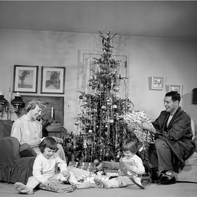 Vintage Photos Of Christmas In The 1950s - Christmas Nostalgia - Country Living