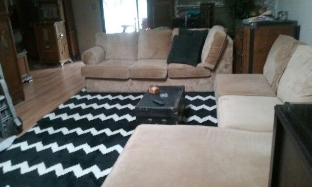 Sectional couch clean and nice asking $250.00. Located in Modesto