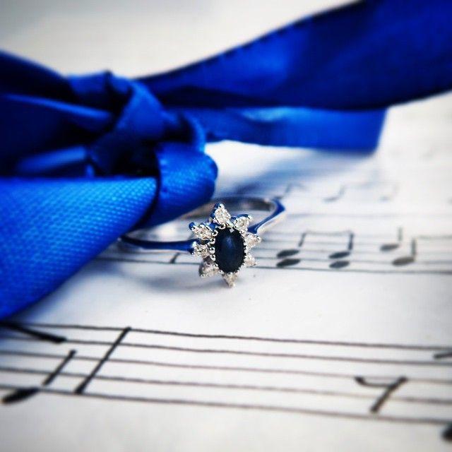 Diamantring verlobung blau  Die 25+ besten Saphirhochzeitsringe Ideen auf Pinterest | Ehering ...