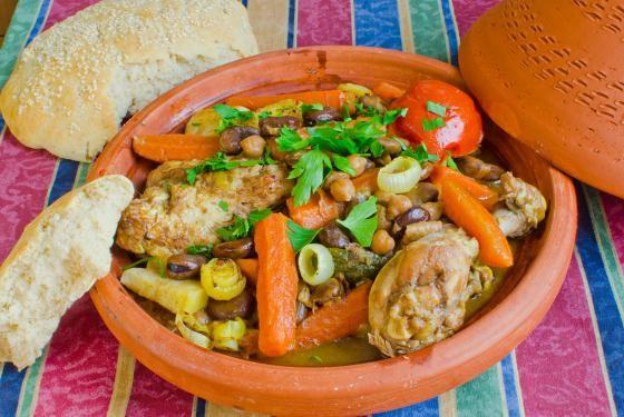 Tajine de poulet aux carottes, semoule