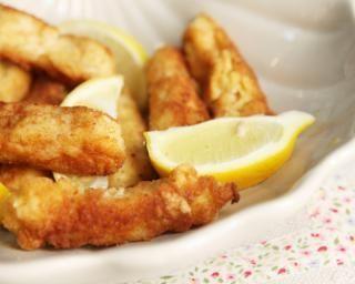 Poulet au son d'avoine, sésame et fromage blanc : http://www.fourchette-et-bikini.fr/recettes/recettes-minceur/poulet-au-son-davoine-ssame-et-fromage-blanc.html
