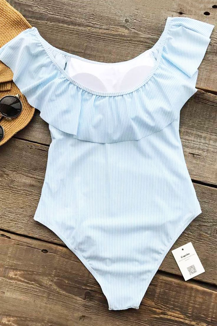 Cupshe First Kiss Stripe One-piece Swimsuit