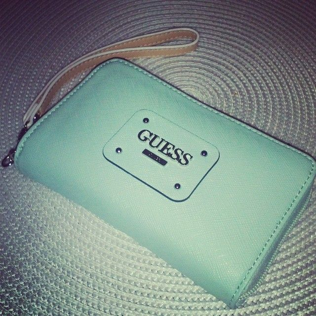 GUESS ✤HAND'me.the'BAG✤