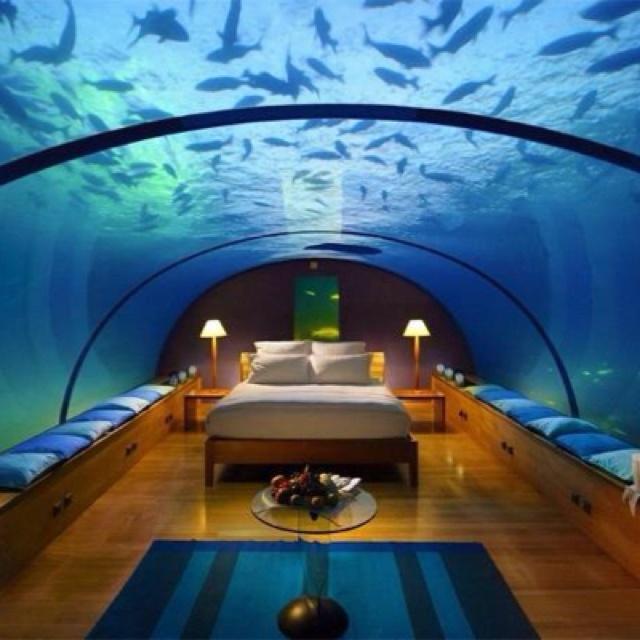 Beautiful Places Underwater: Conrad Maldives Rangali Island