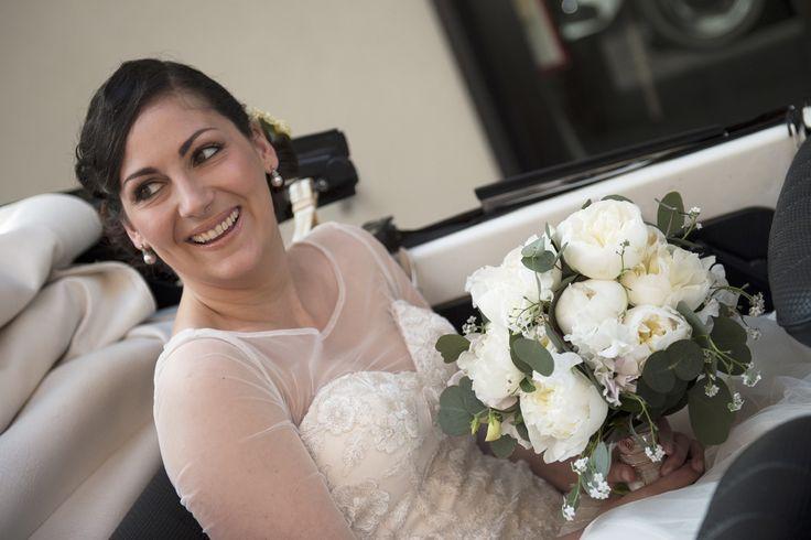 #botanicalwedding #wedding #realwedding #weddingplanning More pictures here --> https://sayyesevents.it/2016/04/26/chiara-leandro-16-4-16/ Flowers by @tailoredflowers