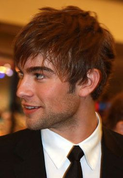 love him!!!!!!!!!!!!  Sorry Afton he is mine!! ;) i saw him first! Chase Crawford <3