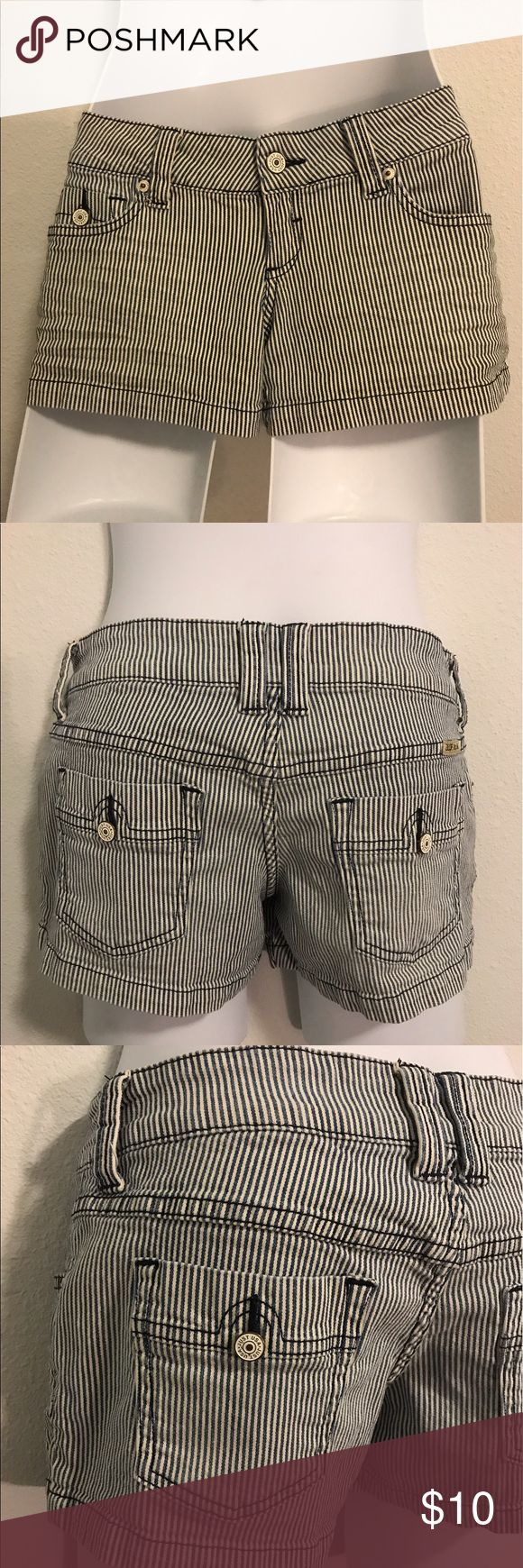 Pinup style shorts striped size XS Just USA shorts 90s pinup style shorts striped Just U.S.A Shorts Jean Shorts
