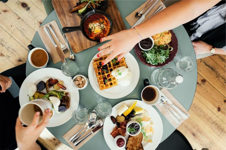 How to stay healthy when eating out