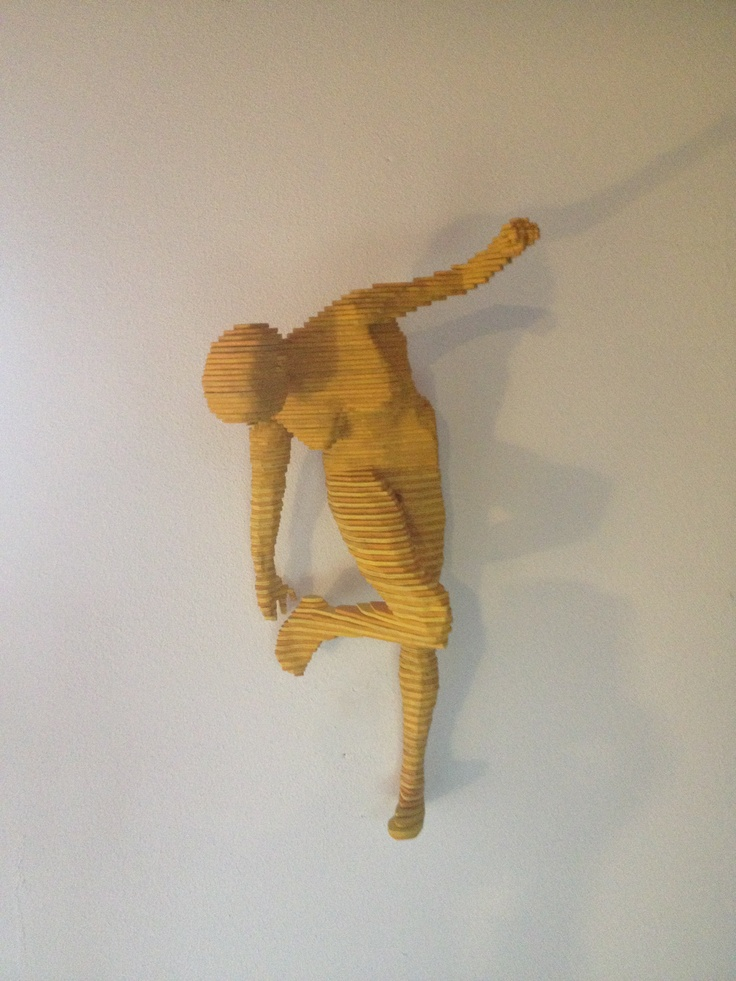Yellow sculpture by Daniele Fortuna