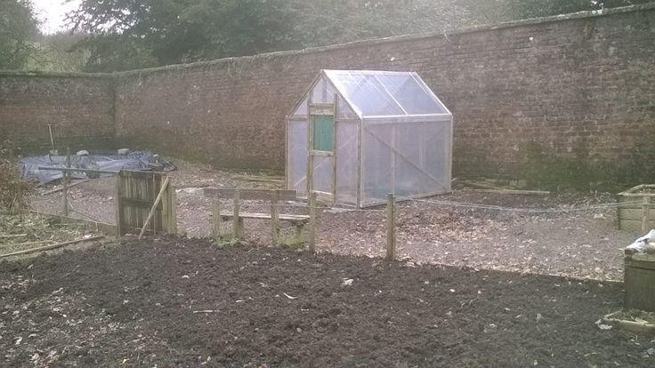 https://flic.kr/p/E7qLEU | Untitledhtthttps://flic.kr/p/Dw24B1 | Greenhouse made from recycled wood