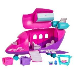 Welcome aboard Shopkins Air! - The cutest airline to fly the skies! The Shoppies are ready to take off on a World Vacation and want you to come along for the ride! Board the Shopkins Jet, load your luggage into the overhead compartment then sit back and relax in high-flying style as the Shopkins serve up a flight full of fun!<br>We really wish you were here…<br>Includes:<br>1 x Airplane Playset<br>3 x Exclusive Shopkins<br>1 x Food Trolley<br>2 x...
