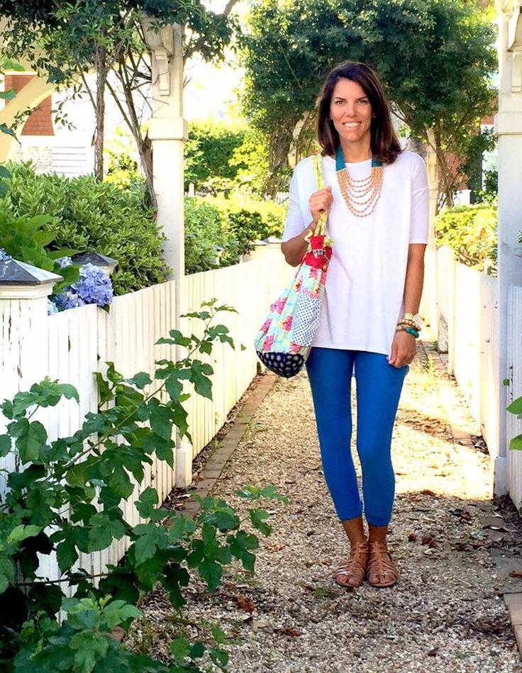 LuLaRoe white Irma with blue leggings