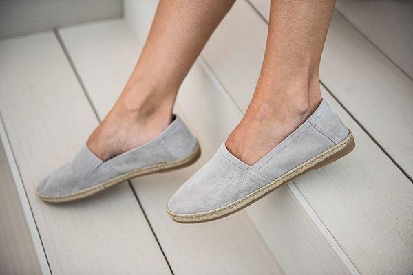 die besten 25 sommertrends 2017 ideen auf pinterest espadrilles outfit keilabsatz sandalen. Black Bedroom Furniture Sets. Home Design Ideas