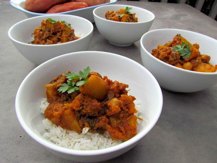 Here is a winter warmer, Kumara, Kale and Chickpea Korma recipe.
