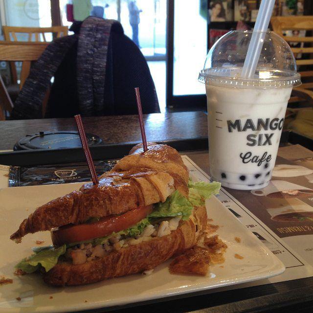 #mangosix #망고식스 #croissanwich #coconutmilk #boba