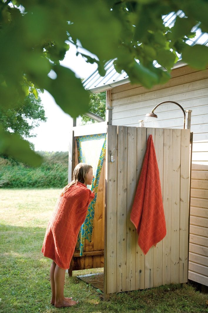 Garrett has been wanting to build an outdoor shower for a good year now lol may be this will motivate him!