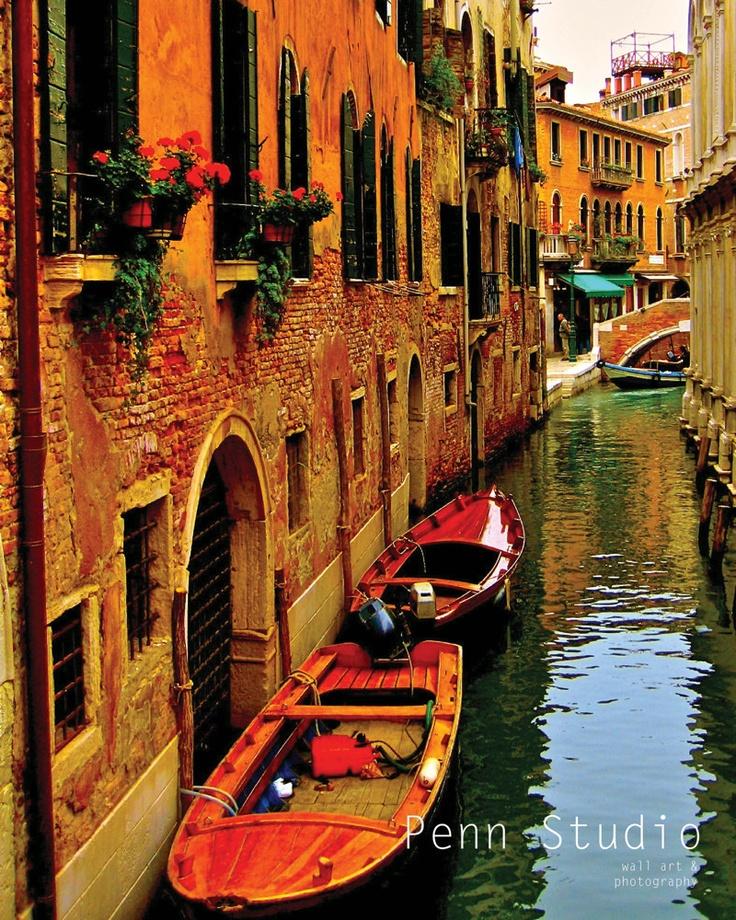 Wall Art / Photography / Venice Print / Venice Art / Italy Photograph / Boat Photograph-  A Sail Through Venice. $28.00, via Etsy.