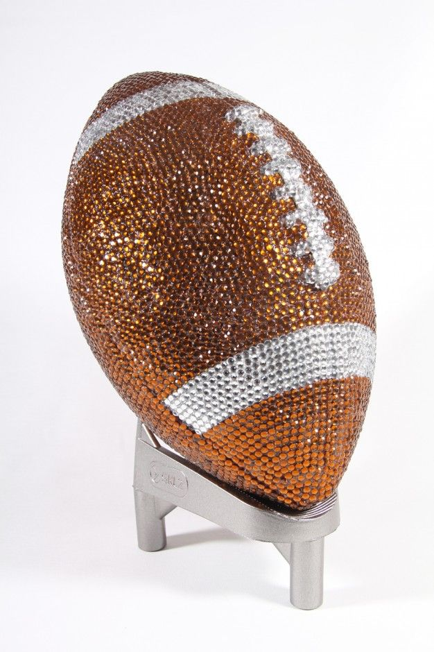 I believe in diamond footballs. (NFL Diamante American Football)