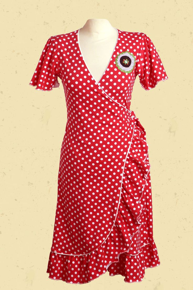Talulabelle Rood wit gestipte wikkeljurk met Staphorster Stip applicatie spaanse stijl  wrap dress red and white polkadots spanish style