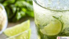 Tra le varie ricette che si possono preparare con il Bimby, ci sono anche molti aperitivi e cocktail, ideali per un party con gli amici e pronti in brevissimo tempo. Ecco il mojito e altri cocktail conosciuti ed apprezzati. Mojito con il Bimby Ingredienti per 4 persone: - alcune foglie di menta fresca - 50 g di zucchero di canna - 250 cl di rum di