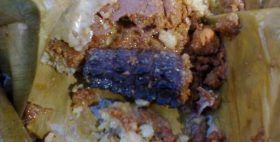En Juchitán se degustan tamales de iguana durante Semana Santa