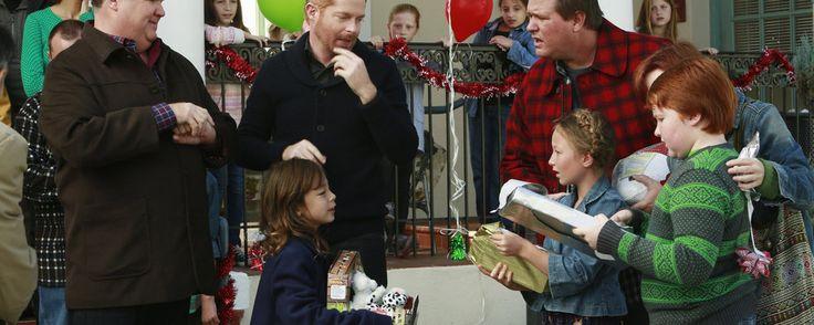 Modern Family : The Old Man & the Tree   Season 5 Episode 10 Recap - ABC.com