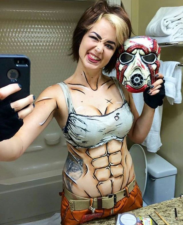 Awesome Borderlands cosplay by @dominiquegdeleon  #borderlands #cosplay #psycho  Thanks Dominique!!! =D