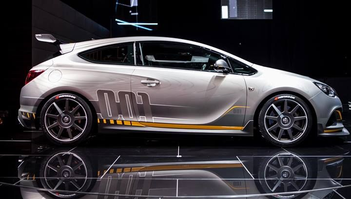 Our all-new #Astra #OPC #EXTREME at #Geneva #motorshow. #OpelGeneva