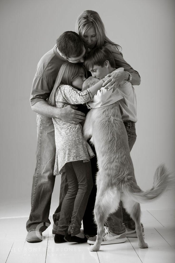 Mi familia es otro factor indispensable para que yo pueda crecer como persona. Muchas veces cuando la familia esta desunida las personas se sienten mas desprotegidas sin motivación a seguir adelante,