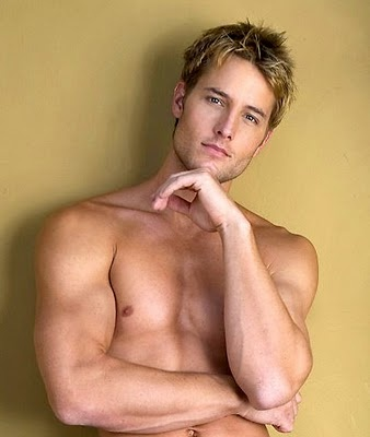 Justin Hartley. (aka Green Arrow)
