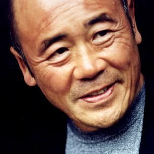 Ken Hom is a beast! American born but stuck to his Chinese Roots! A real interesting chef!