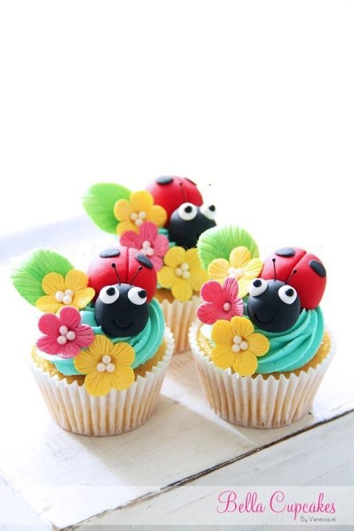Cupcake Inspiration - Ladybirds Flowers