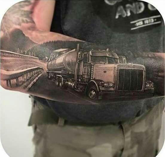 truck tattoo mack kenworth en peterbilt rigs pinterest truck tattoo trucks and tattoos. Black Bedroom Furniture Sets. Home Design Ideas