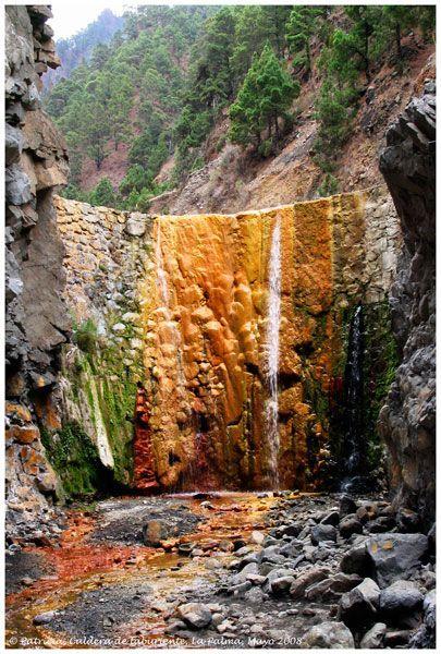La Caldera de Taburiente, Cascada de colores. La Palma  Canarias  Spain