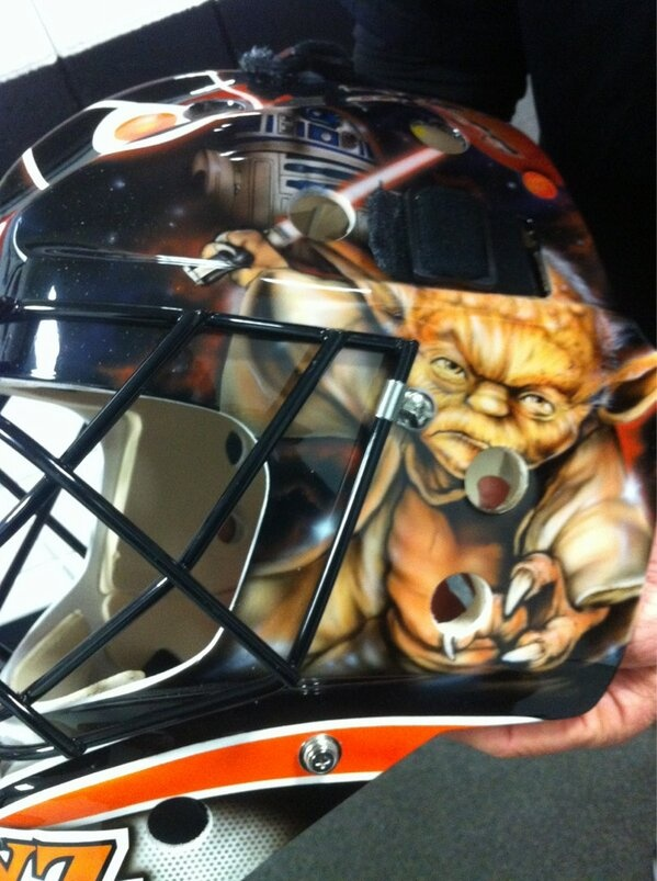 What do you think of Bryzgalov's new mask? #Flyers