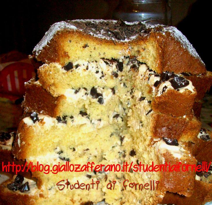 Pandoro con crema al mascarpone e cioccolato fondente ricetta dolce natale